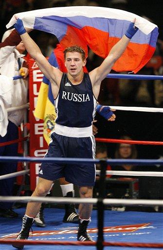 图文:[拳击]11级别冠军照汇总 75KG级科洛波夫