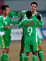图文:[中超]北京国安2-0天津 堤亚哥接受庆祝