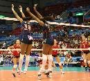 图文:女排世界杯美国3-1波兰 美国双人拦网得分