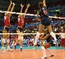 图文:女排世界杯美国3-1波兰 美国汤姆发起进攻