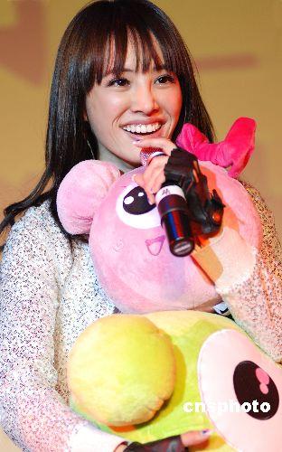 11月5日下午,亚洲小天后蔡依林在北京星光现场唱响全新大碟《爱情任务》首唱会。 中新社发 李学仕 摄