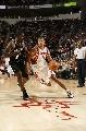 图文:[NBA]马刺负火箭 巴蒂尔生猛突破