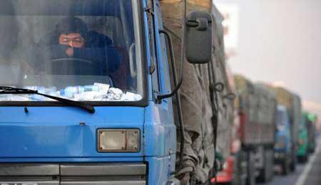 图片新闻 京张高速进京方向天天堵车