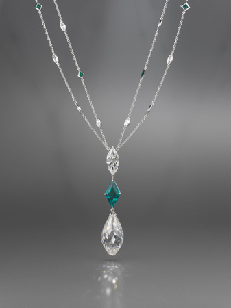 足色全美钻石吊胆项链