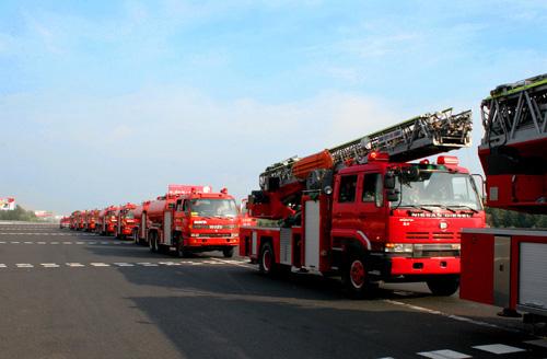 演习中的消防车