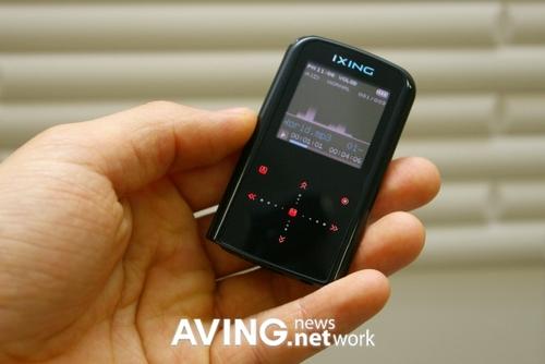 比苹果nano还薄 新款MP3超薄机王问世