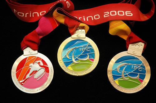 资料:2006年意大利都灵第九届冬奥会奖牌