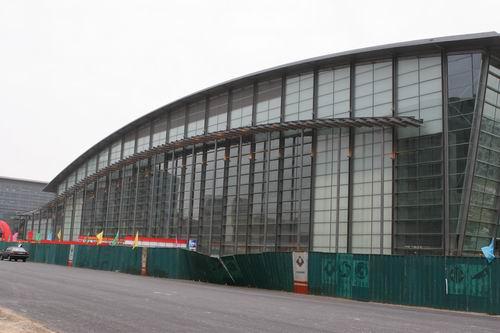 国家体育馆采用的大面积玻璃幕墙