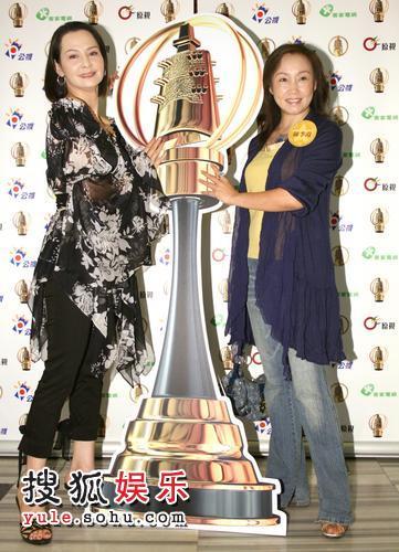 席曼宁(左)、陈季霞入围连续剧金钟奖,一同角逐最佳女主角后冠。
