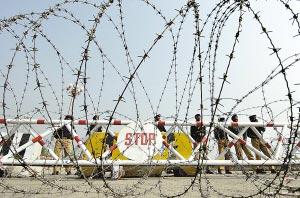 巴基斯坦国民议会和省议会选举将在全国紧急状态下进行。