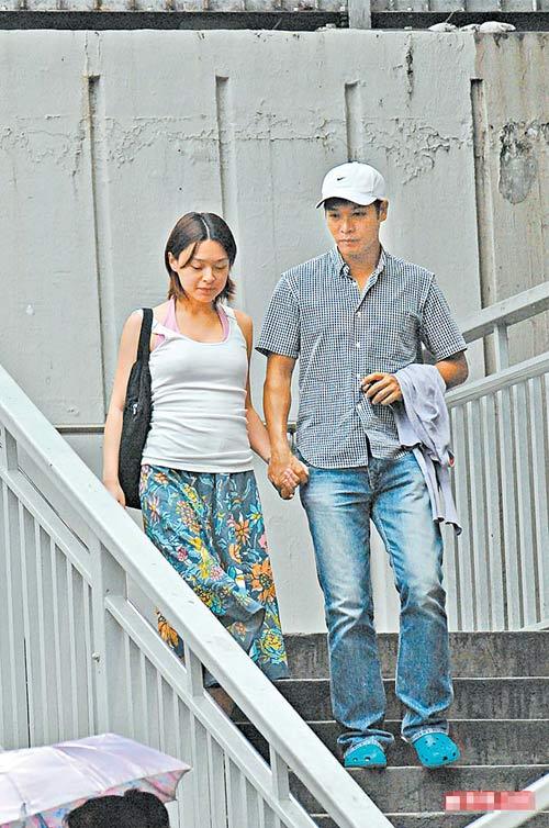 上个月已经有媒体拍到欧倩怡大肚的样子,但郭晋安依然否认