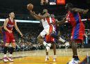 图文:[NBA]快船vs勇士 戴维斯艰难得分