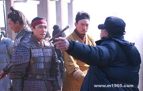 图:直击《赤壁》拍摄现场 导演给梁韩伟说戏