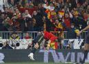 图文:欧预赛西班牙3-0瑞典 拉莫斯可以练体操