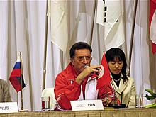 图文:[男排]世界杯 突尼斯主教练在发布会