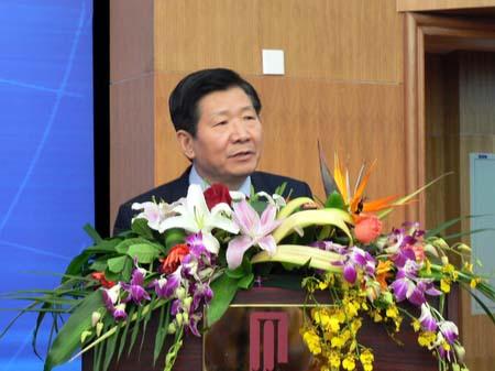 中国国务院研究室副主任侯云春