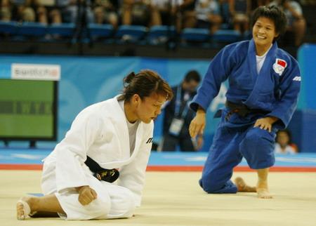 图文:08奥运会中国希望之冼东妹 庆祝胜利