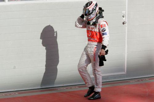 图文:[F1]07赛季巴林站回顾 阿隆索有点沮丧