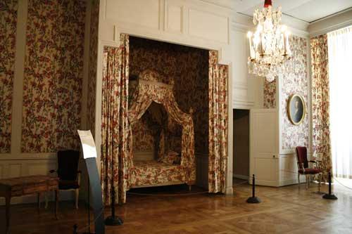 香波堡曾住过不少王公贵族。
