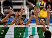 图文:男排世界杯保加利亚胜韩国 三人集体拦网