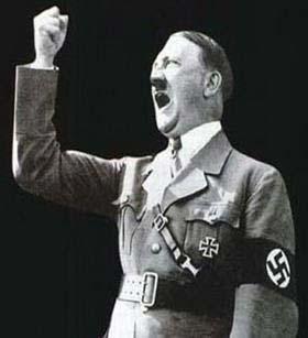 希特勒戴着的纳粹标志