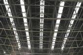 图文:国家体育馆竣工 棚顶设置的5条采光带