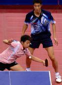 图文:[乒乓球]郝帅刘诗雯夺金 郭跃差点挡不住