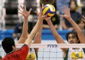 图文:男排世界杯巴西3-0韩国 罗德里奥奋力拦网
