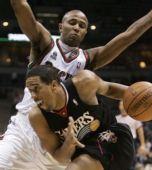 图片:[NBA]76人VS雄鹿 威廉姆斯防守