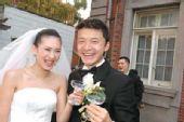 图文:体坛明星婚礼大荟萃 谢晖与新娘佟晨洁