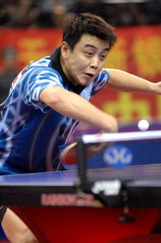 图文:[乒乓球]王皓4-1马龙 直拍反拉威力无穷