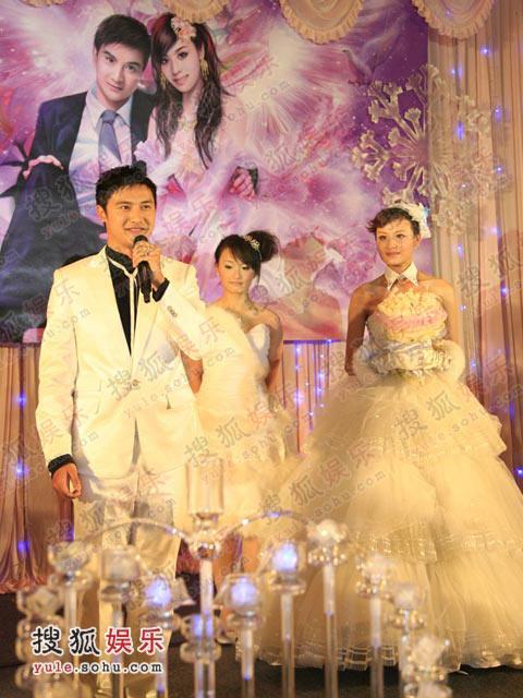 田亮向到场的嘉宾及关注这次婚礼的网友们表达最真挚的谢意