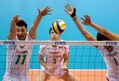 图文:保加利亚男排3-1胜日本 双人拦网得手