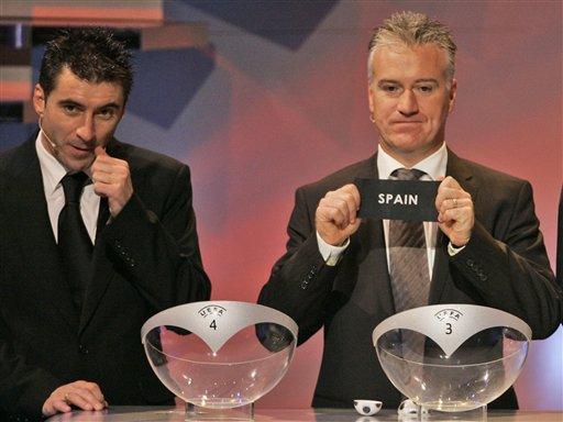 图文:欧洲杯抽签揭晓 西班牙抽进D组