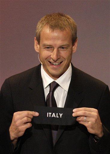 图文:欧洲杯抽签揭晓 克林斯曼抽出意大利