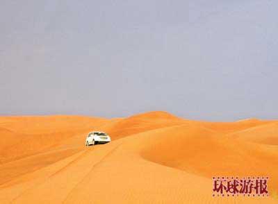 迪拜的沙漠穿行