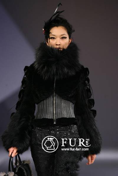 15优秀奖:黑天鹅; 裘皮服装欣赏; 梦幻童话之旅 第四届国际青年裘皮