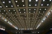 图文:首都体育馆改造竣工 体育馆内屋顶