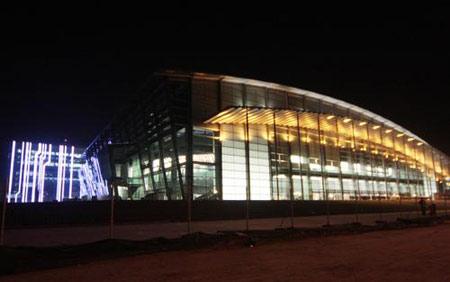 图文:鸟巢水立方夜景绚丽多彩姿 国家体育馆