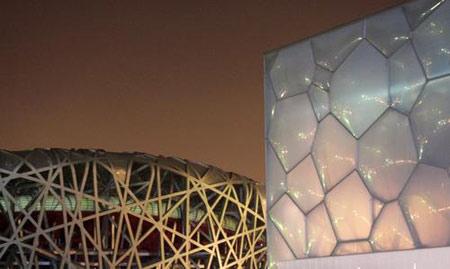 图文:鸟巢水立方夜景绚丽多彩姿 魅力新建筑
