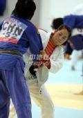 图文:中国女柔备战08奥运 高峰奋战在训练场上