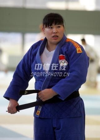 中国女子柔道队北京备战08奥运 系一下黑色腰带