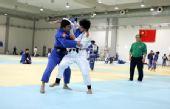 图文:中国女柔备战08奥运 教练指导杨秀丽训练