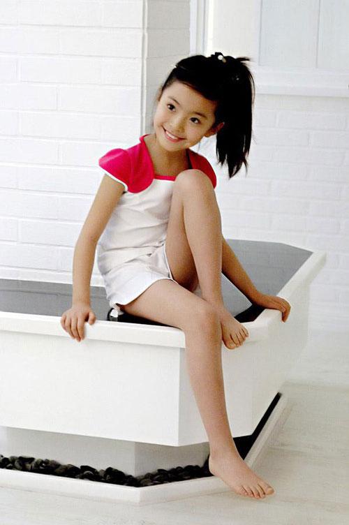 组图:中国第一小美女模特