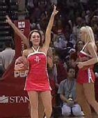 图文:[NBA]灰熊VS火箭 短裙美女