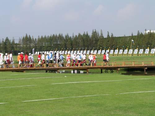 图文:上海射击射箭运动中心射箭靶场接发球排球图片