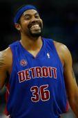 图文:[NBA]活塞逆转黄蜂 华莱士憨态笑容