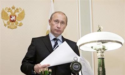 俄罗斯总统普京已经明确表示不会再连任,但是民众仍然期望他留下来。