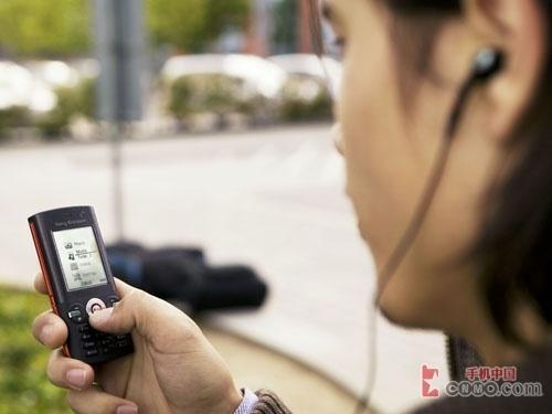 3.5G新品 索尼爱立信K630i北京低价上市