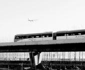 中国首条无人驾驶快轨列车在北京机场线试跑